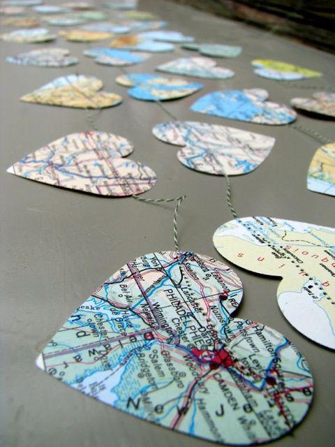 Maps Garland! Great for destination wedding or a travel themed wedding!
