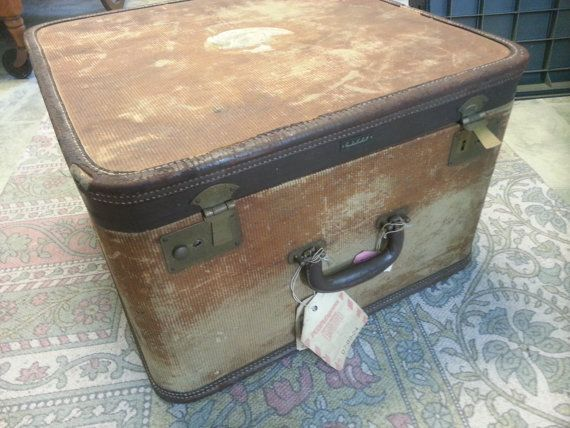 Check out this item in my Etsy shop https://www.etsy.com/listing/481959849/amelia-earhart-large-luggage-case-shoe