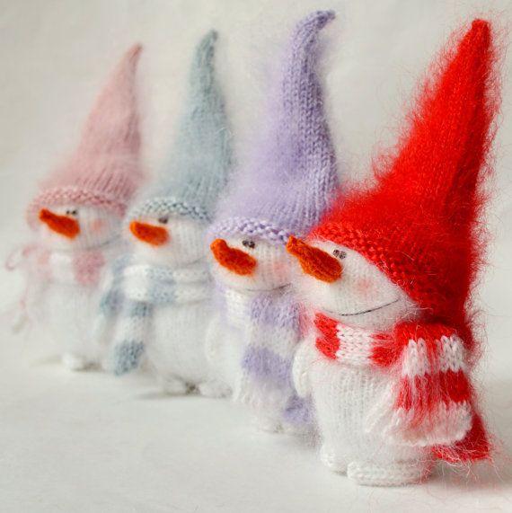 Симпатичные Снеговик - ручной вязки рождественских игрушек Amigurumi Снеговики Миниатюрный Softie куклы рождественские украшения шерсть плюшевая игрушка снеговик ручной работы крючком