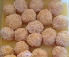 Christmas Apricot Balls | Official Thermomix Recipe Community