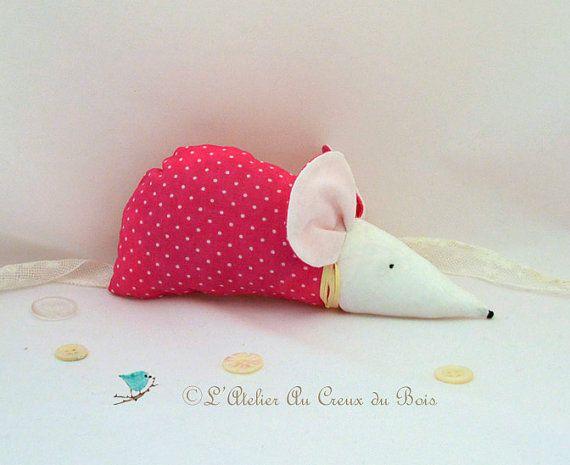 Sachet de lavande en forme de souris en par AtelierauCreuxduBois, €12.00