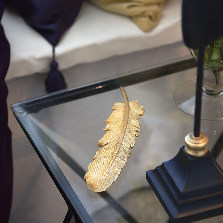 Golden feather. En fin detalj i det extra vaganta rummet