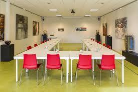 Afbeeldingsresultaat voor stoelen multifunctioneel centrum