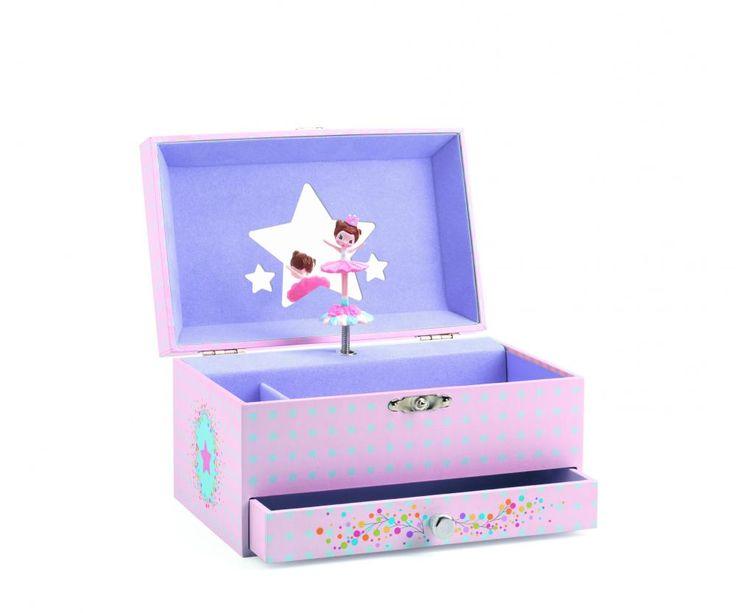 De Ziua Copilului, daruim muzica ^_^  Cutiuta muzicala pentru bijuterii DJECO cu balerina este un cadou pentru fetite care capata valoare odata cu trecerea timpului.