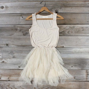 Tiered & Gathered Dress, Sweet Women's Country Clothing: Sweet Women, Cocktails Dresses, Tulle Skirts, Jeans Jackets, Gathering Dresses, Casual Elegant, Little White Dresses, Women Clothing, Country Clothing