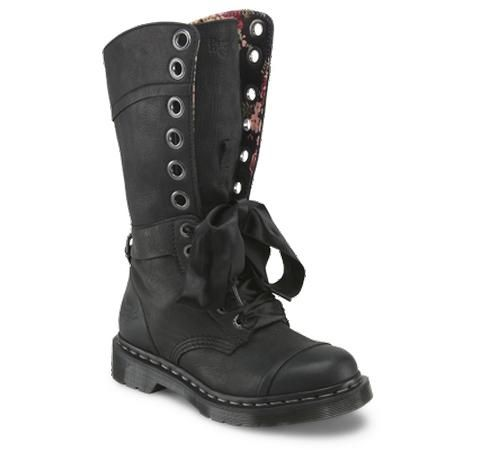 17 Best images about My Dr. Martens collection on Pinterest ...