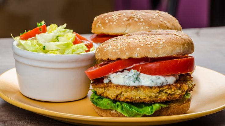 burgers de pois chiches recette recettes v g tariennes pinterest hamburger vegetarien. Black Bedroom Furniture Sets. Home Design Ideas