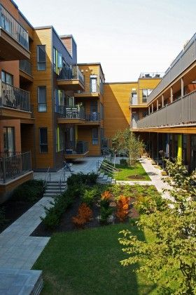 Papineau-St-Gregoire, ensemble de condos | Atelier VAP