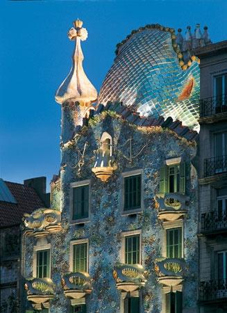 Casa Battlo, Antoni Gaudi, 1906, Barcelona, Spain
