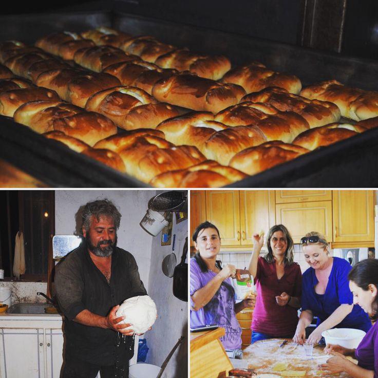 Kalitsounia - traditionelles kretisches Ostergebäck.       https://www.arvanitakis.at/2017/04/06/kallitsounia-traditionelles-ostergebaeck-nach-arvanitakis-familienrezept/