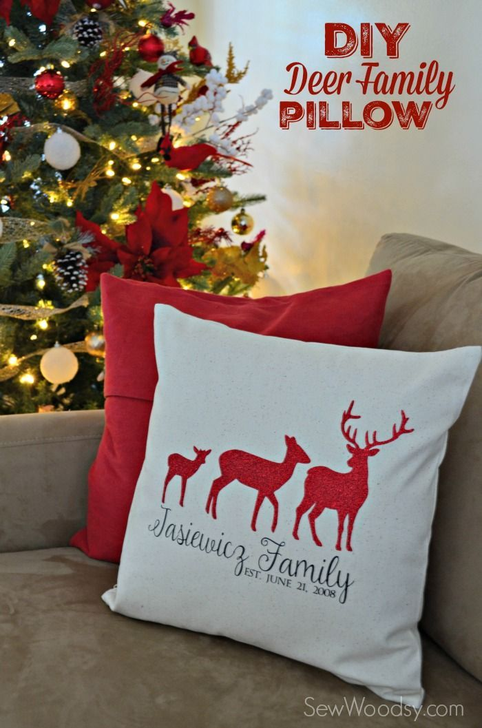 DIY Deer Family Pillow Cover #SecretCricutSanta #Cricut