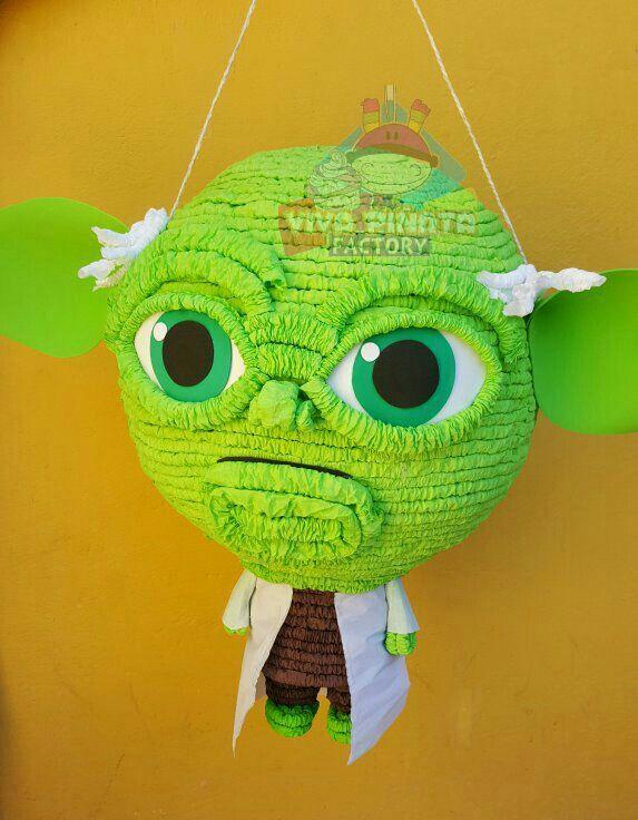 Nuevo modelo de Piñata Yoda... si no encuentras nada de Star Wars nosotros te lo creamos.
