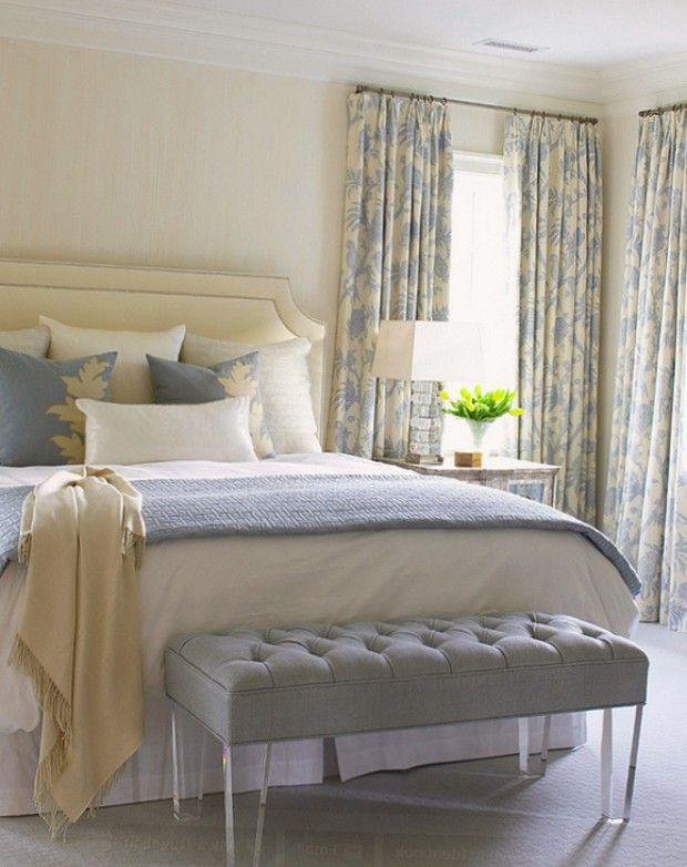 Шторы с узорами в интерьере спальни