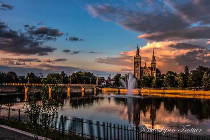 Evening's Glow  Saint-Romuald ~ Farnham, Quebec