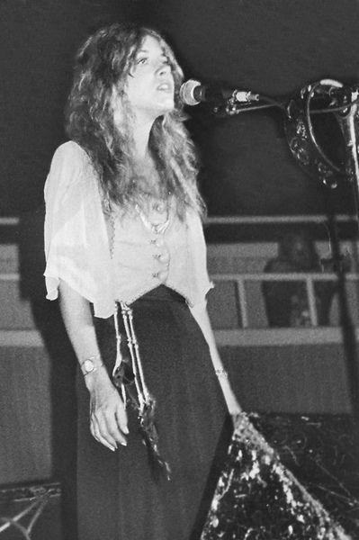 1355 Best Fleetwood Mac Stevie Nicks Images On Pinterest