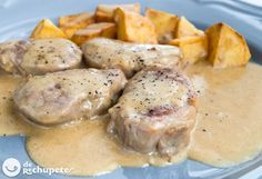 Solomillos de cerdo con salsa de queso http://www.recetasderechupete.com/solomillo-de-cerdo-en-salsa-de-queso/12661/ #receta