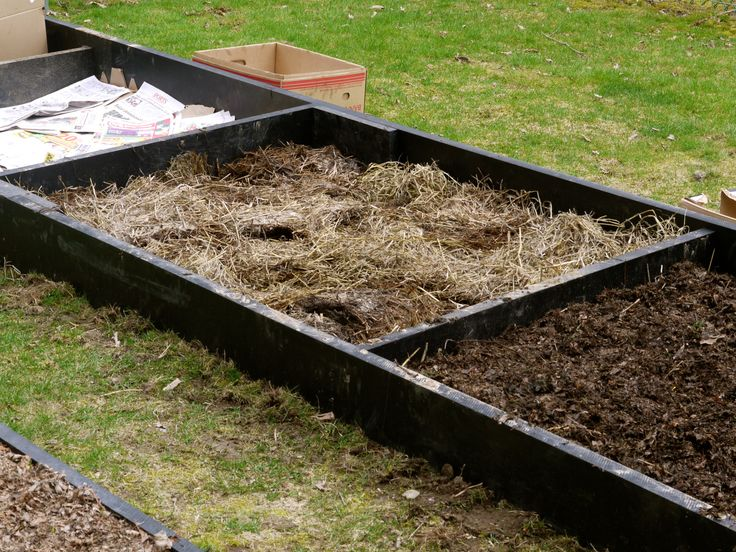 17 best images about gardening lasagna on pinterest for Garden soil layers