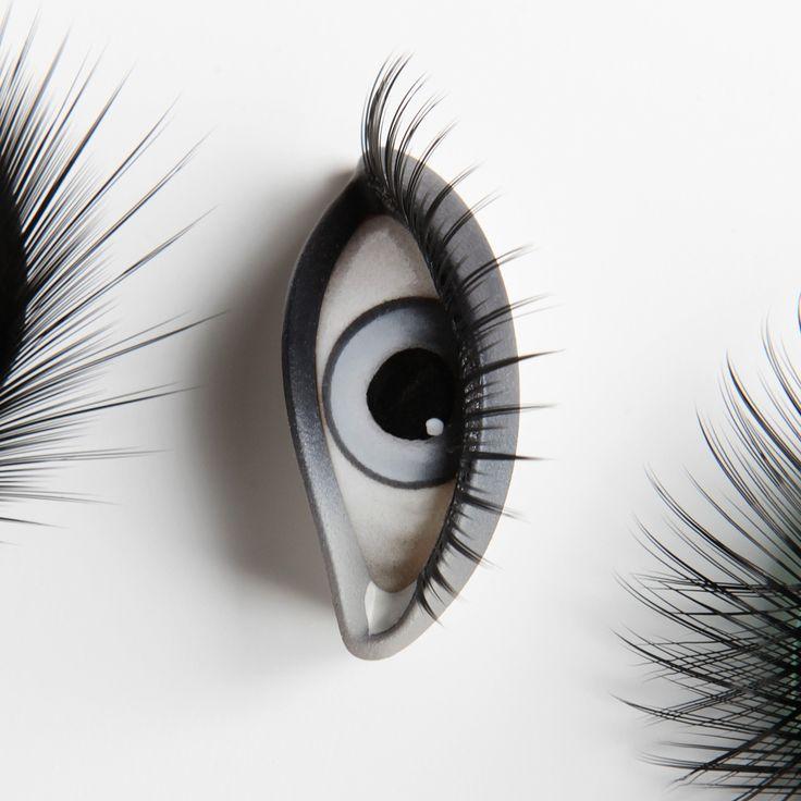 Absolute Cameleon mannequin collection Eyes ref : YA.J1.02.06.F2  Shop window design Shop window display Visual merchandising Shop window mannequin