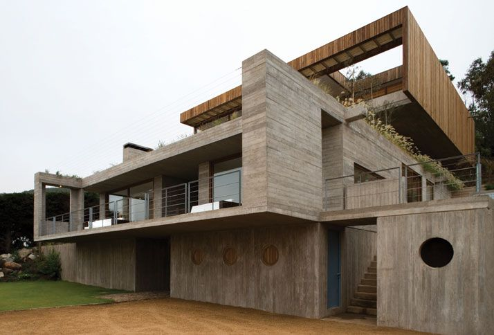Casa El Pangue by Elton+Léniz Architects in Chile | Yatzer