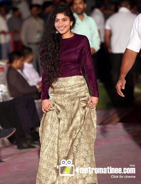 Gorgeous Actress Sai Pallavi New Still Gorgeous Sai  -5255