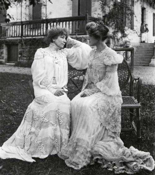 Sarah Bernhardt & Rosemonde Gérard c. 1900