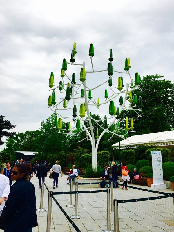 """Max Le Vex sur Twitter : """"@NewWind_RD qu'il est beau votre arbre en plein @rolandgarros ! #Futur #R&D https://t.co/HAl53yW3f8"""""""