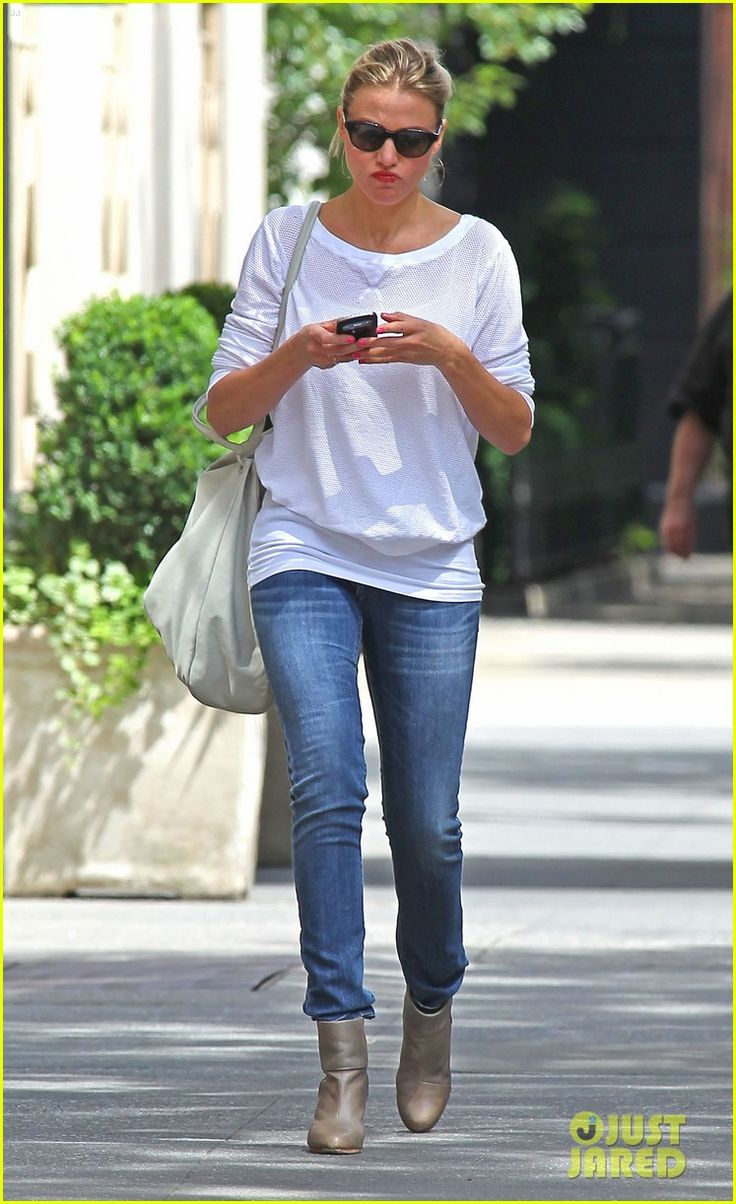 Cameron Diaz is to cute