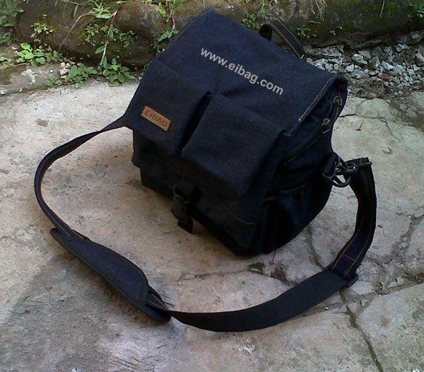 Tas Denim Murah Berkualitas Harga Bersaing. Tersedia berbagai model dan fungsi, ada yang untuk tas kamera, tas laptop, tas travel, dan lain-lain. Saat ini EIBAG sedang mencoba membuat beberapa model tas denim untuk lebih melengkapi produk tas EIBAG.