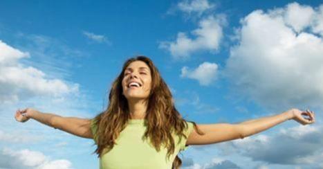 Τα Kurland Spa σας φτιάχνουν τη διάθεση. Προτάσεις-προκλήσεις για ανανέωση, περιποίηση, χαλάρωση… Μικρές απολαύσεις με συνδυασμούς δώρων, σχεδιασμένες ειδικά για εσάς που θέλετε να ξεφύγετε από το άγχος της καθημερινότητας. Ανακαλύψτε τις ειδικές προσφορές «Happy Days» εδώ http://tinyurl.com/hdvyegh