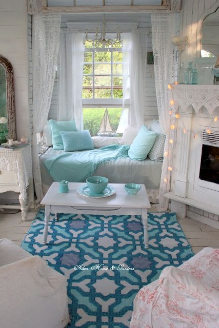 Touches of Aqua in The Boathouse | Aiken House & Gardens | Bloglovin'