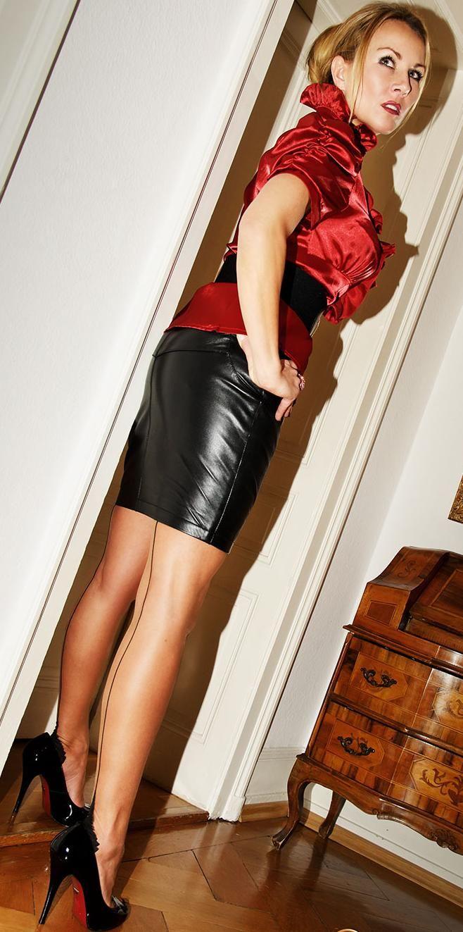 @saintmarche #saintmarche #leather