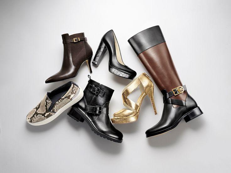 Майкл Корс представил вторую капсульную коллекцию обуви Jet Set 6 для активных путешественниц  Собирая чемодан в путешествие, каждый хоть раз мучился выбором – взять несколько пар кроссовок или з…