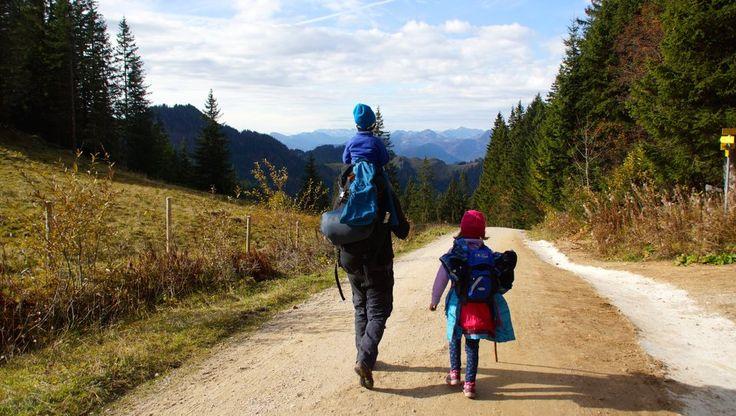 Familienwanderung Priener Hütte – Chiemgau | Wandern mit Kindern. Famiienausflug in den Bergen. KiMaPa Kids on Tour. #kinder #ausflug #wandern #berge #bayern