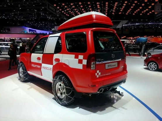 New Tata Safari Storme Mountain Rescue 2014 Concept Unveiled this Year in 2013