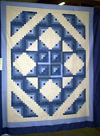 Best 25+ Log cabin quilts ideas on Pinterest | Patchwork patterns ... : easy log cabin quilt pattern - Adamdwight.com