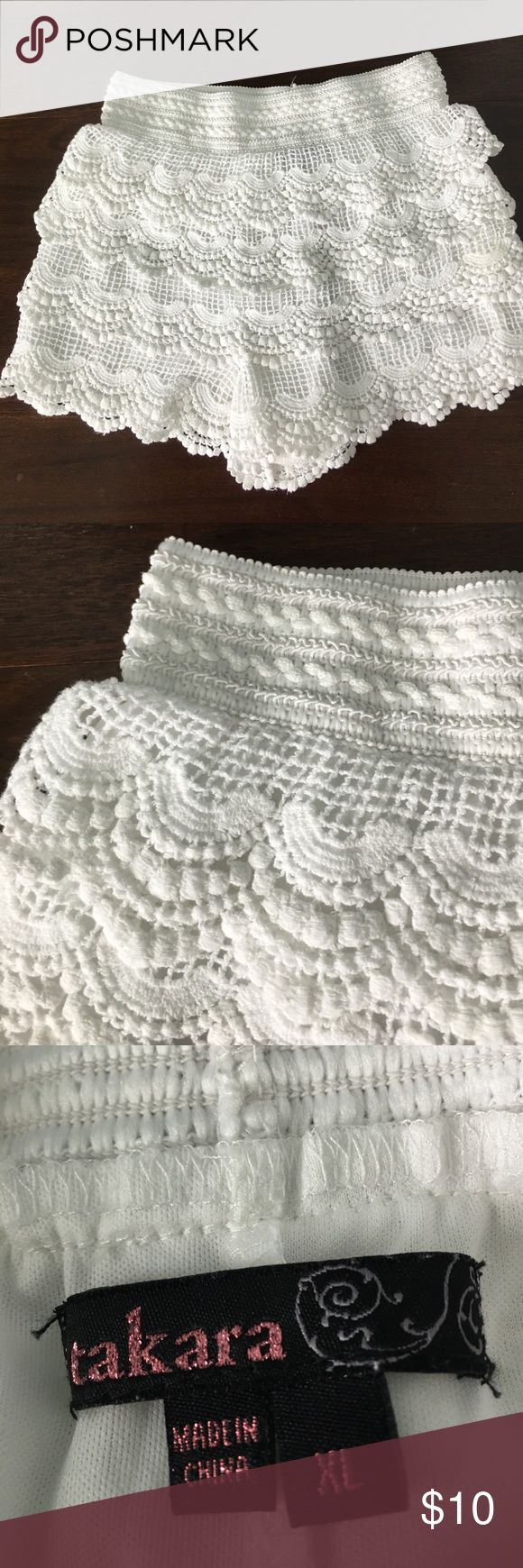 Girl's Cream Lace Shorts Super cute pair of girls shorts. Layers of cream scalloped lace over knit lining. Elastic waist.  Very good used condition. Takara Bottoms Shorts