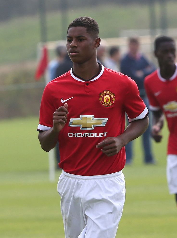 Manchester United's Under-18s beat their Newcastle counterparts 2-0 with Marcus Rashford's double sees off Magpies on a rain-soaked night in Altrincham.