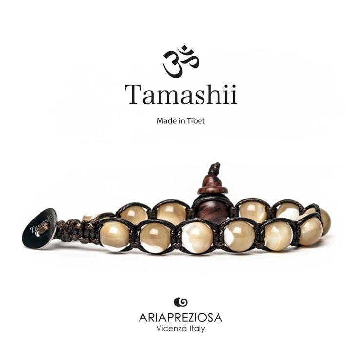 Bracciale originale tibetano Tamashii realizzato con MADREPERLA MARRONE.  Unisex e taglia unica.