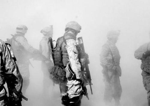 Dust offAndrea Bruce, Dust, Art, Capture, Random Image, Imagenes Impact, Compelling Image, My Marines, Marines Corps
