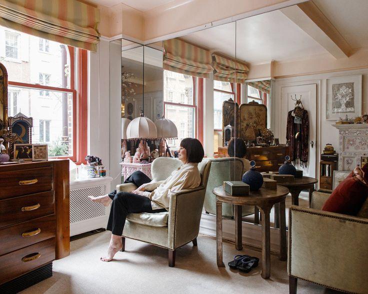 At home with gloria vanderbilt