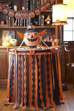 fun halloween table decorating idea