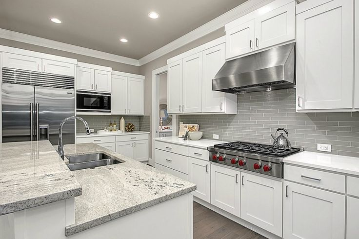 Traditional Kitchen With Limestone Counters Vanier