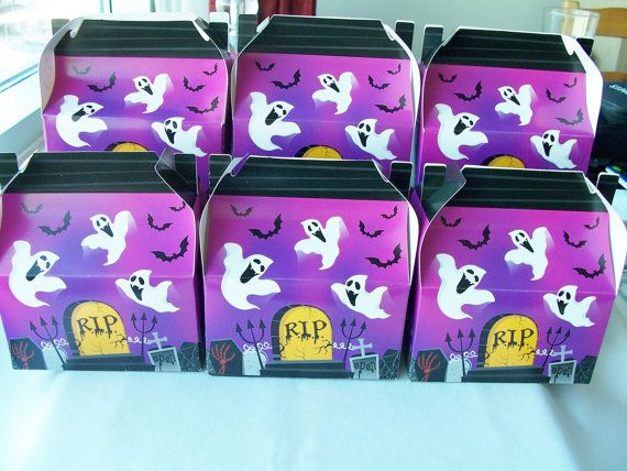 Love these little haunted house boxes!