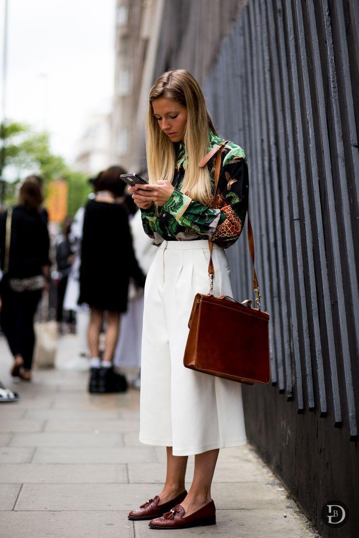 culottes & a print. #SophiaMarinhoDeLemos in London. #GirlInMenswear