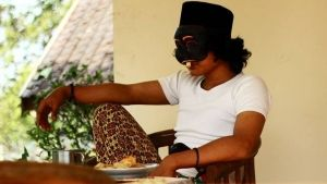 Dokumentasi Seni Budaya Abdul Aziz: Topeng Blantek, Topengnya Orang Betawi