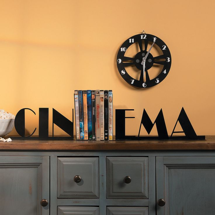 cinema bookends home pinterest d co salon salon et d co. Black Bedroom Furniture Sets. Home Design Ideas