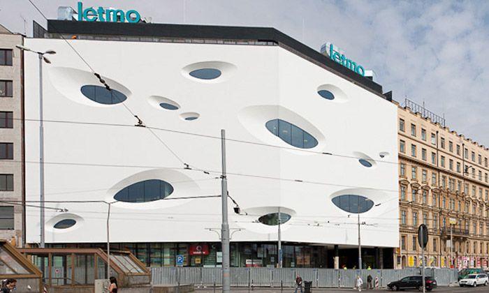 Brno - futuristické obchodní centrum Letmo - roh Nádražní a Benešovy ul./dříve Tř.1.máje/