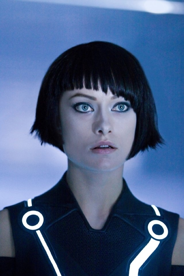 Olivia Wilde as Quorra in TRON: Legacy // this length suits her so well