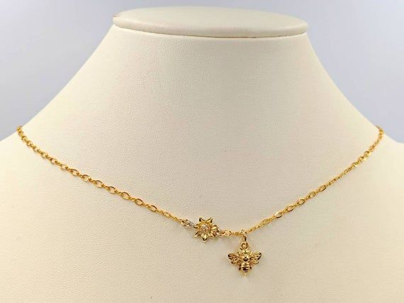14k Gold Vermeil Honey Necklace With Sunflower Small Gold Bee Etsy Bee Pendant Gold Vermeil Sunflower Necklace