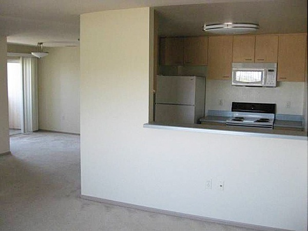 Sanctuary Apartments - Kitchen and Dining Room